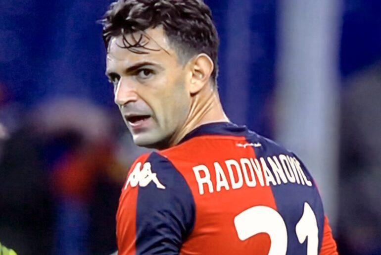 Radovanovic fa 300 gare in Serie A e 60 nel Genoa